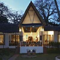 Asha Cottage>Diani Beach>Kenya